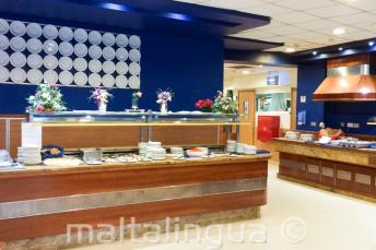 Bufet dla młodzieży w szkolnej rezydencji