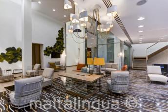 Lobby i strefa wypoczynku w Hotelu Valentina, St Julians