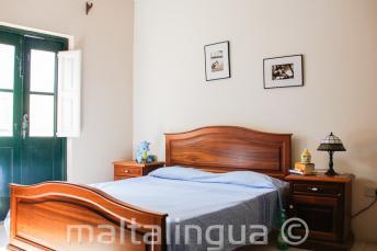 Sypialnia u rodziny goszczącej w St Julains