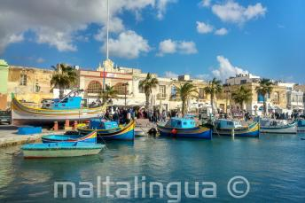 Łodzie w wiosce rybackiej, Malta
