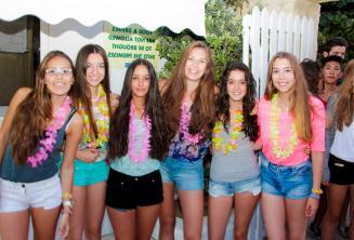 6 dziewczyn w drodze na imprezę