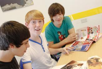 Kursanci podczas lekcji języka angielskiego